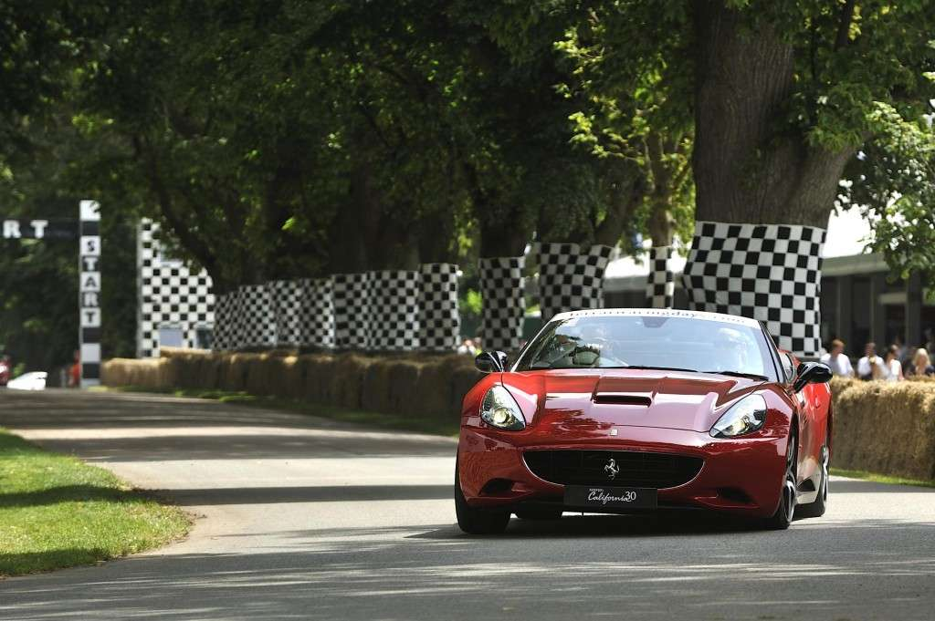 Ferrari California (2)