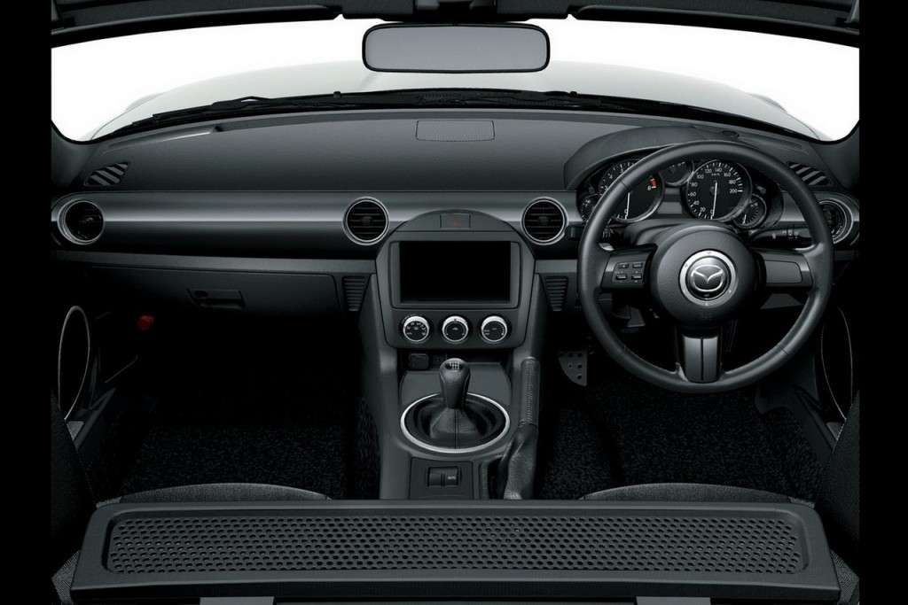 Mazda MX-5 MY 2013 interno