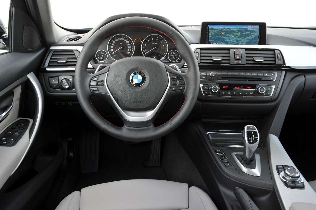 Bmw Active Hybrid 3, interni
