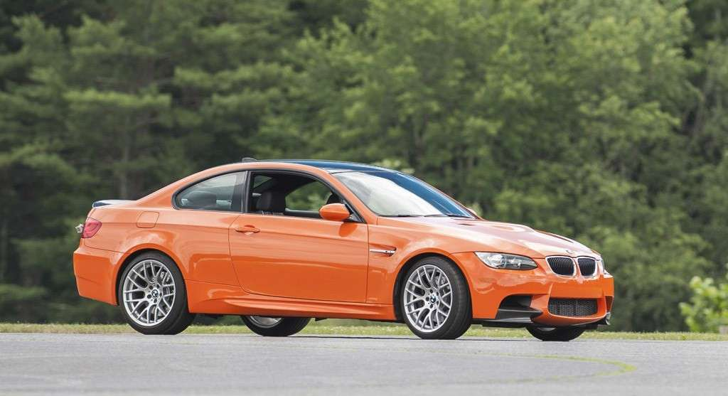 BMW M3 Lime Rock Park - laterale