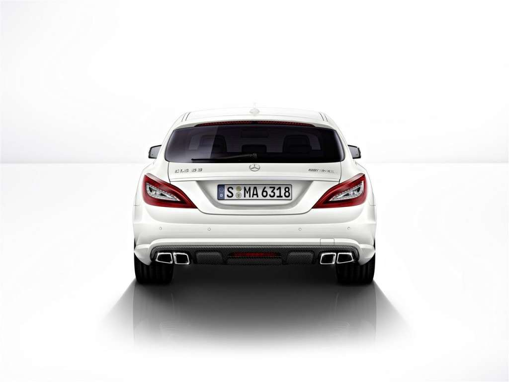 Mercedes CLS 63 AMG Shooting Brake vista da dietro
