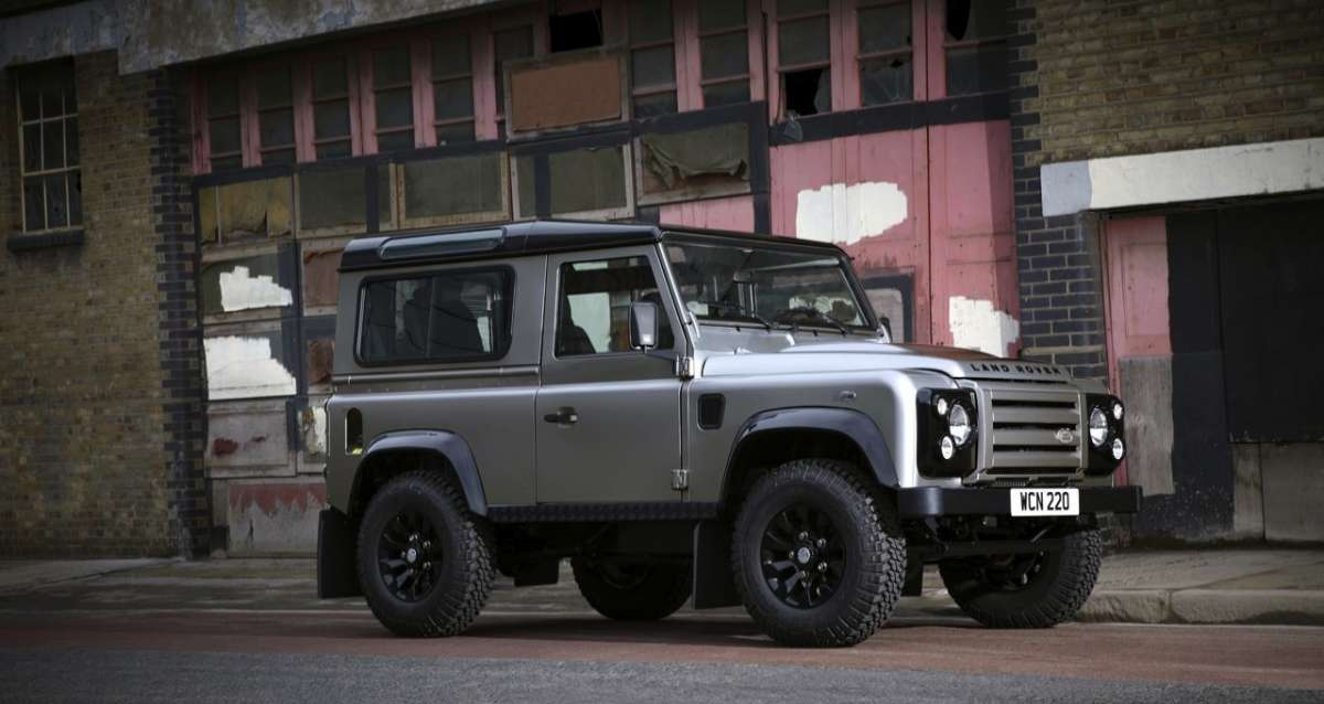 Land Rover Defender XTech - laterale