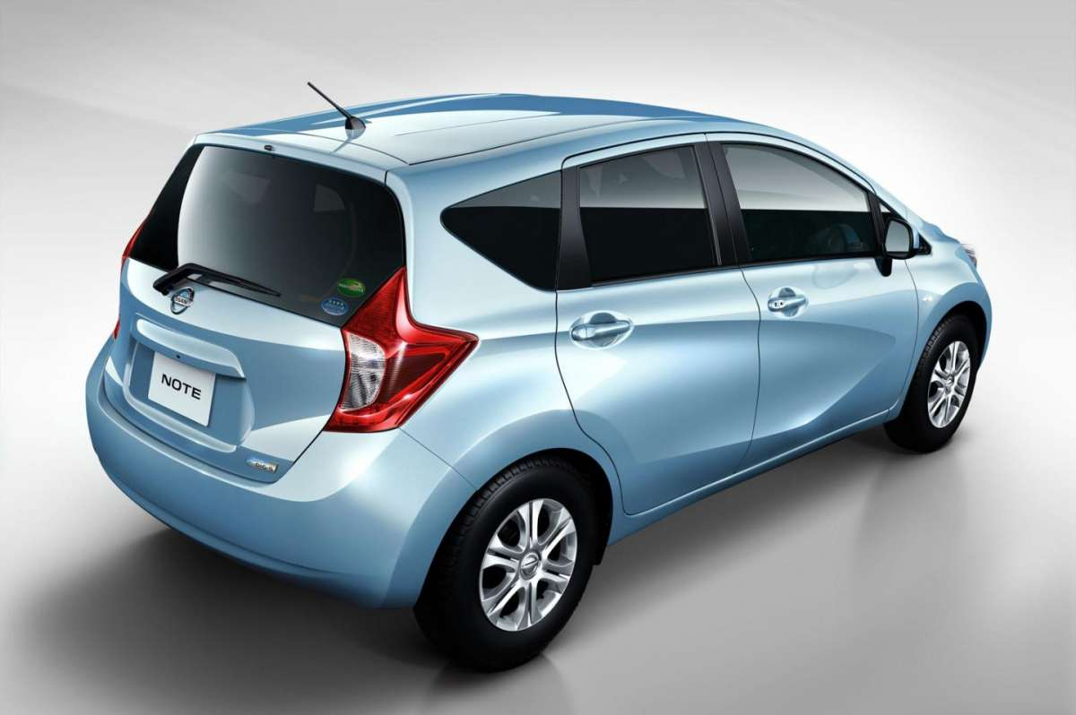 Nissan Note 2013 posteriore