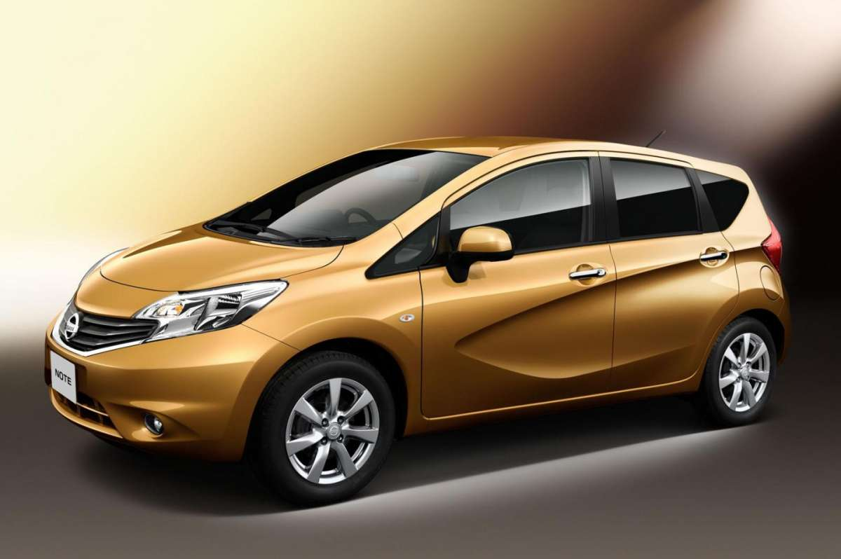 Nissan Note 2013 laterale
