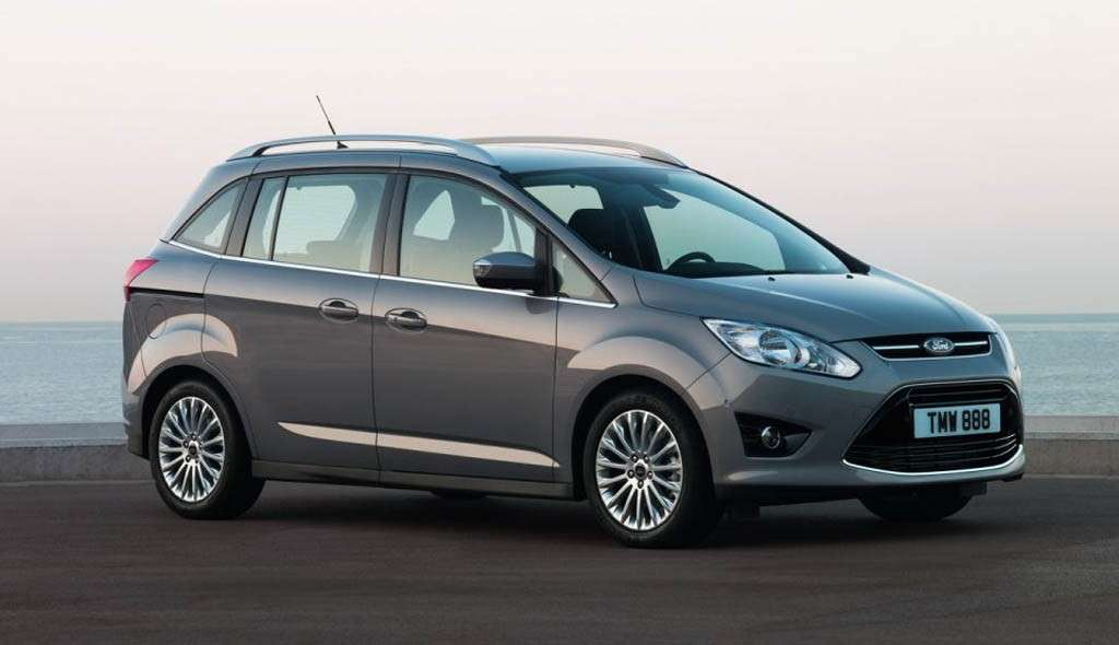 Ford C-Max 7 posti frontale