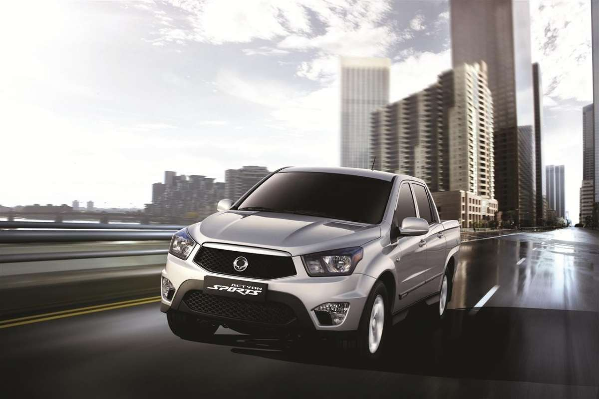 SsangYong Actyon Sports 2012 argento
