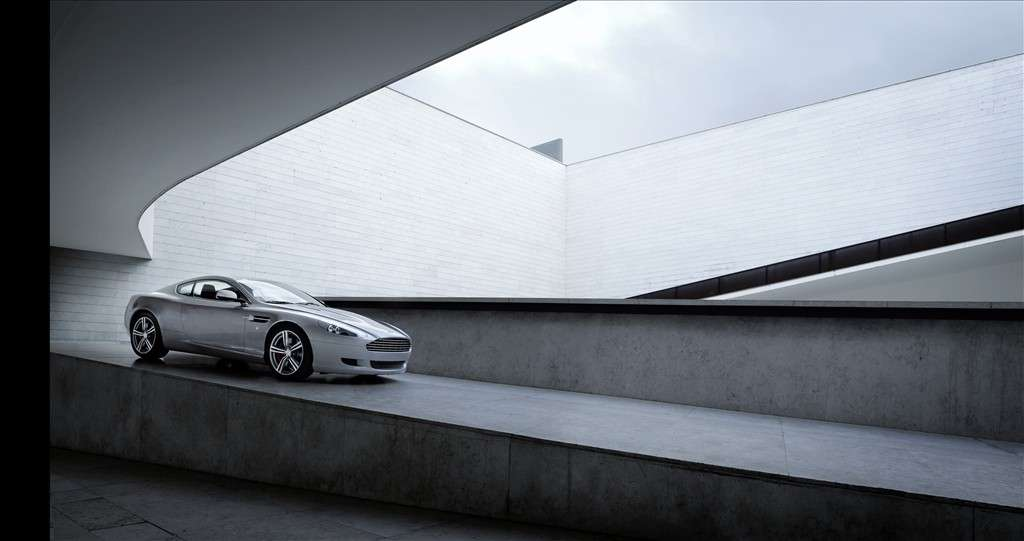 Aston Martin DB9 laterale