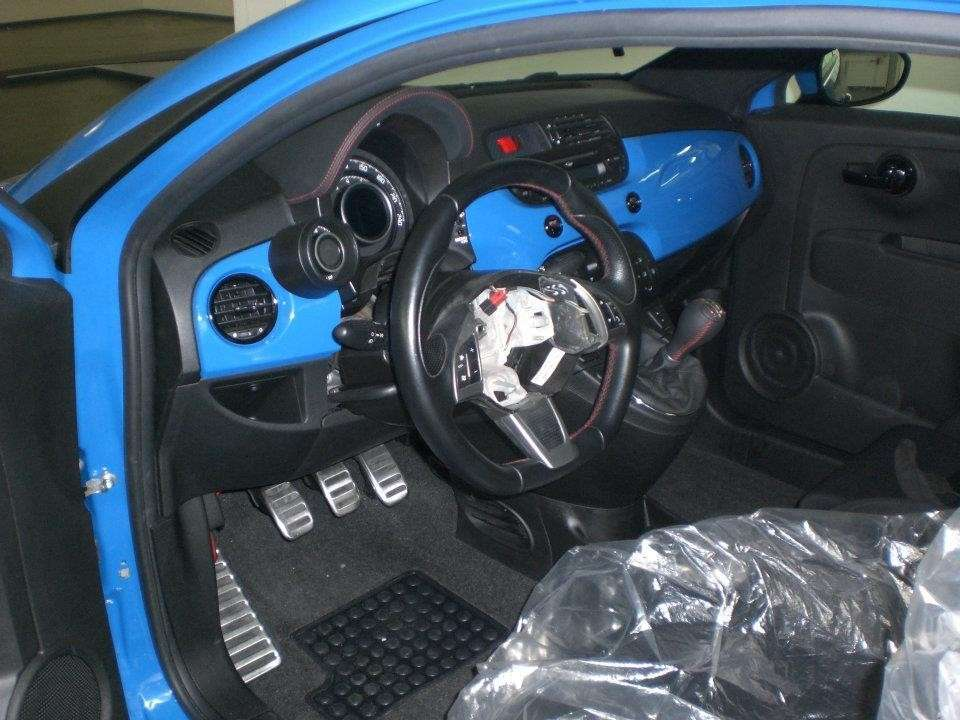 Fiat 500 Sportster by G-Tech interni