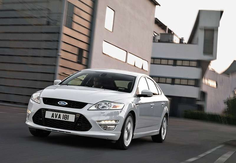 Ford Mondeo 2013 business anteriore