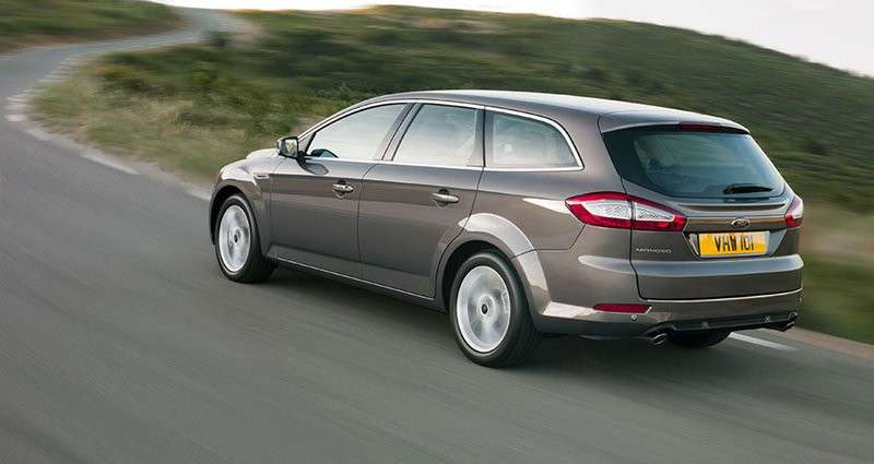 Ford Mondeo SW business posteriore