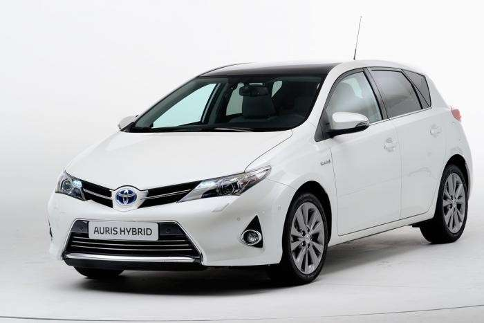 Toyota Auris 2013 - frontale