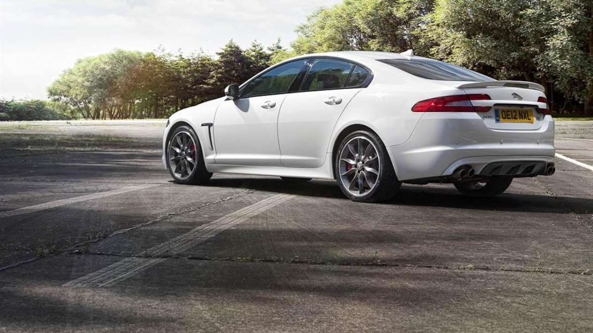 Jaguar-XFR-Speed Pack-laterale posteriore