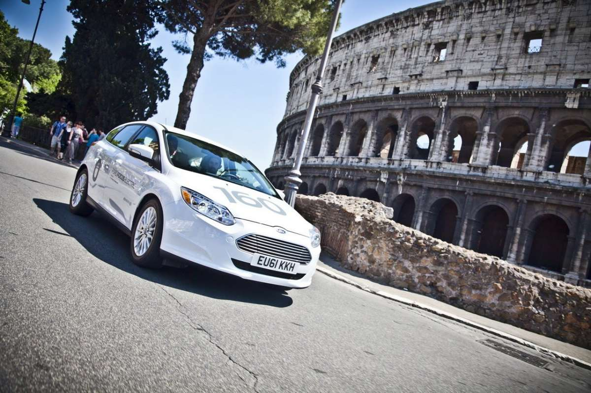 Ford Focus elettrica SYNC Ford Touch anteriore
