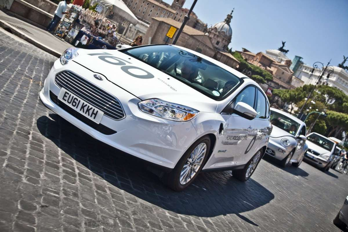 Ford Focus elettrica SYNC Ford Touch muso