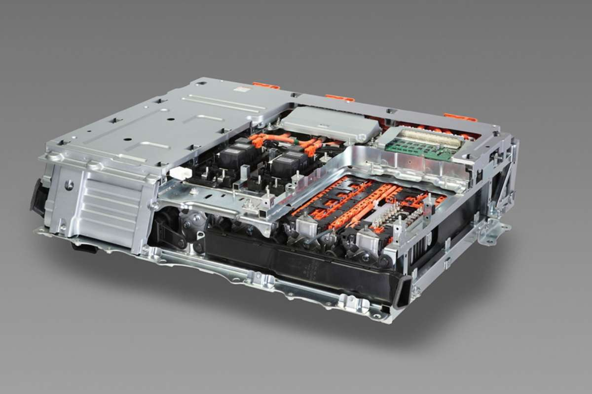 Toyota Prius Plug-In_pacco batterie