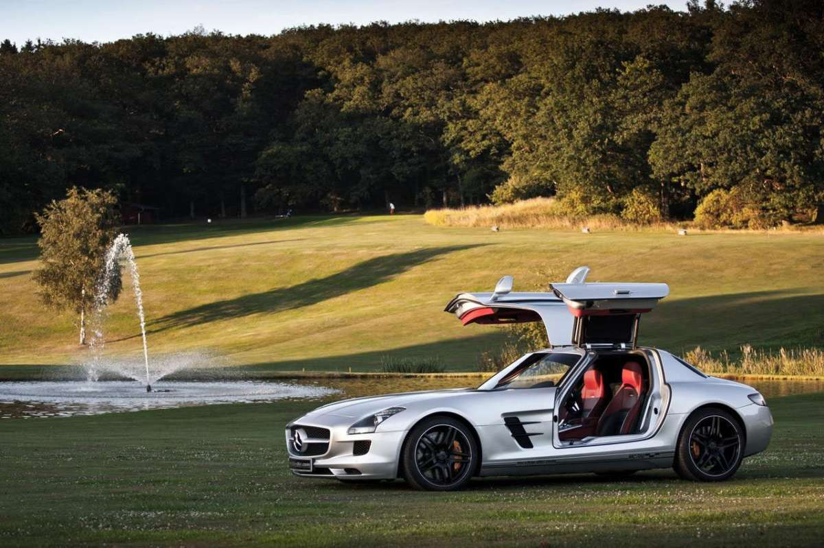 Mercedes SLS AMG MC700 by McChip fiancata