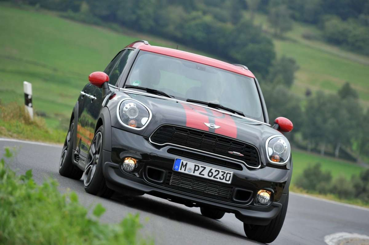 Mini JCW Countryman, fendinebbia