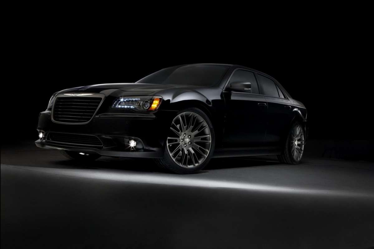 Chrysler 300C John Varvatos Edition frontale
