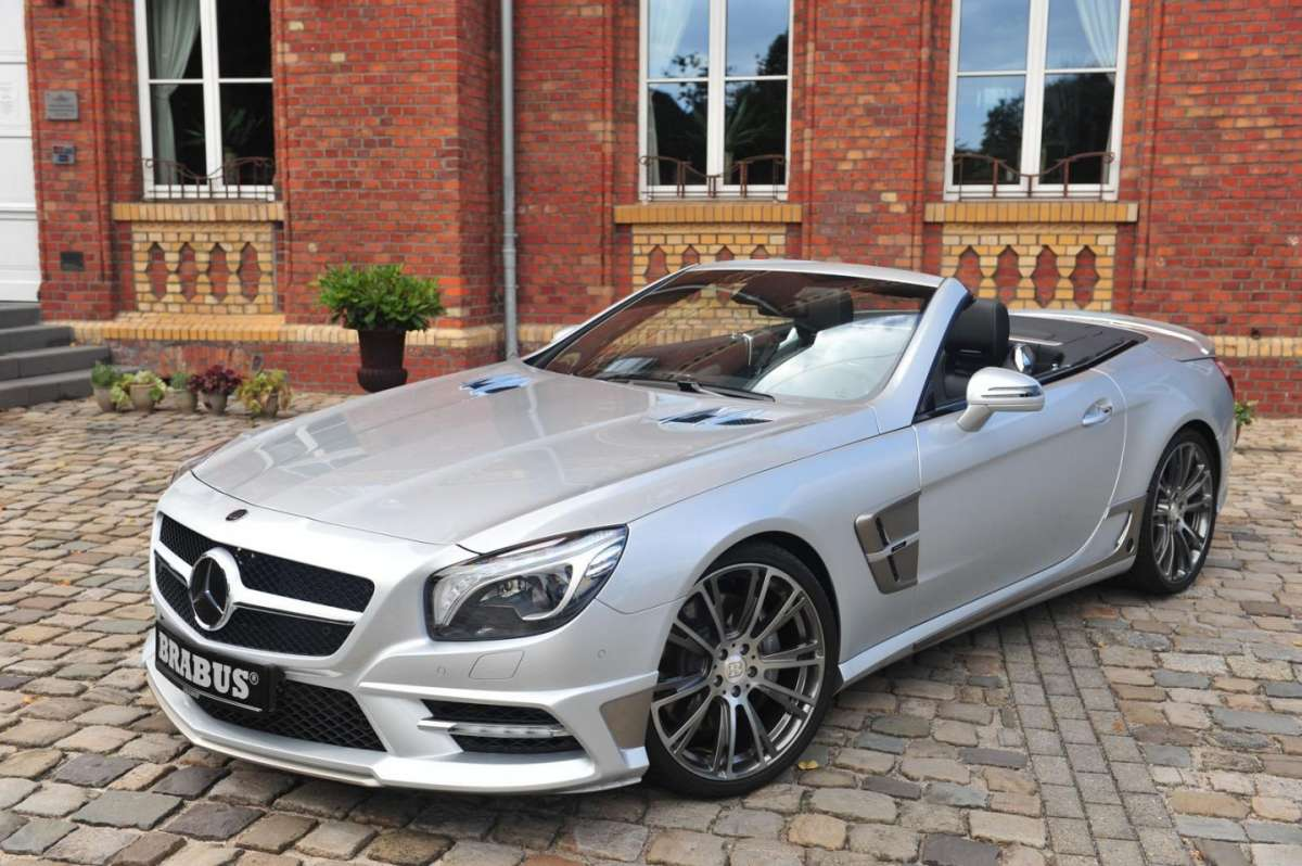Mercedes SL by Brabus 2013-vista frontale dell'alto