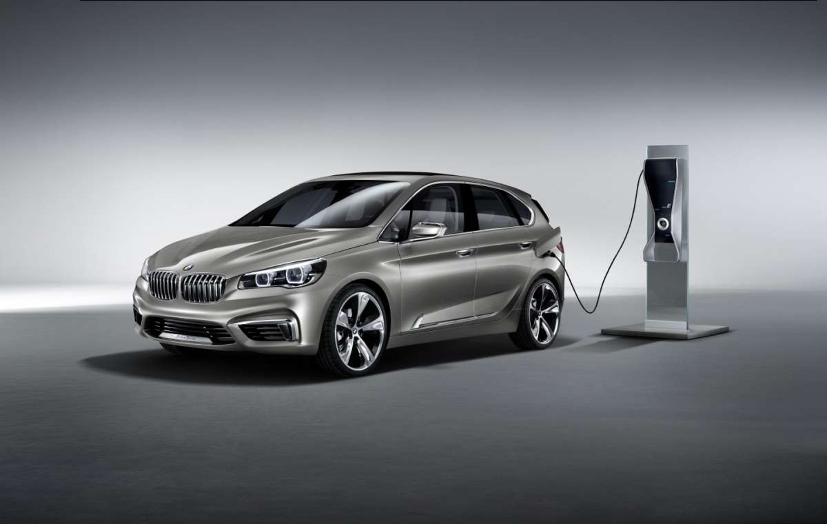 Bmw Active Tourer Concept, ibrida plug-in