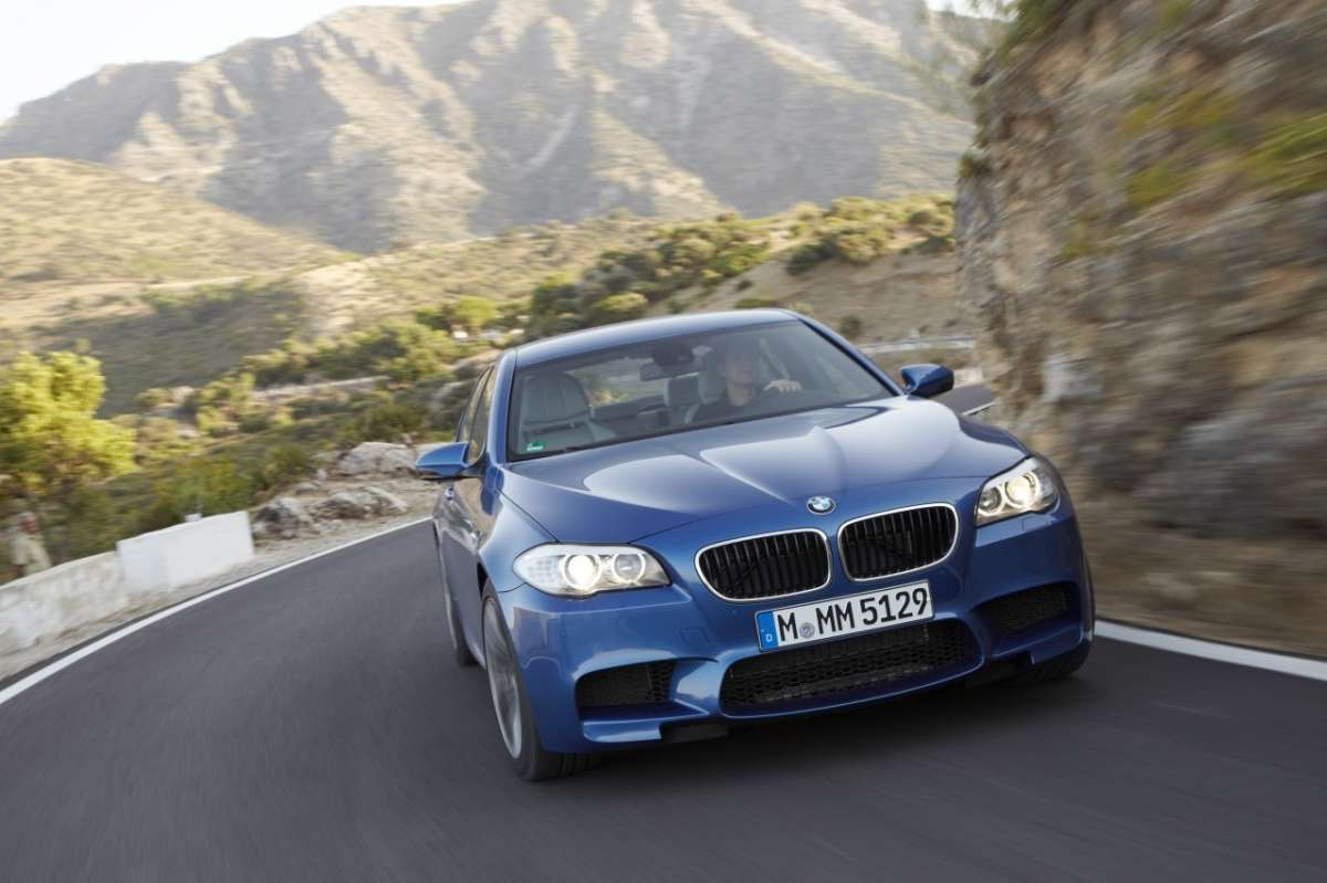 BMW M5 F10 frontale (3)