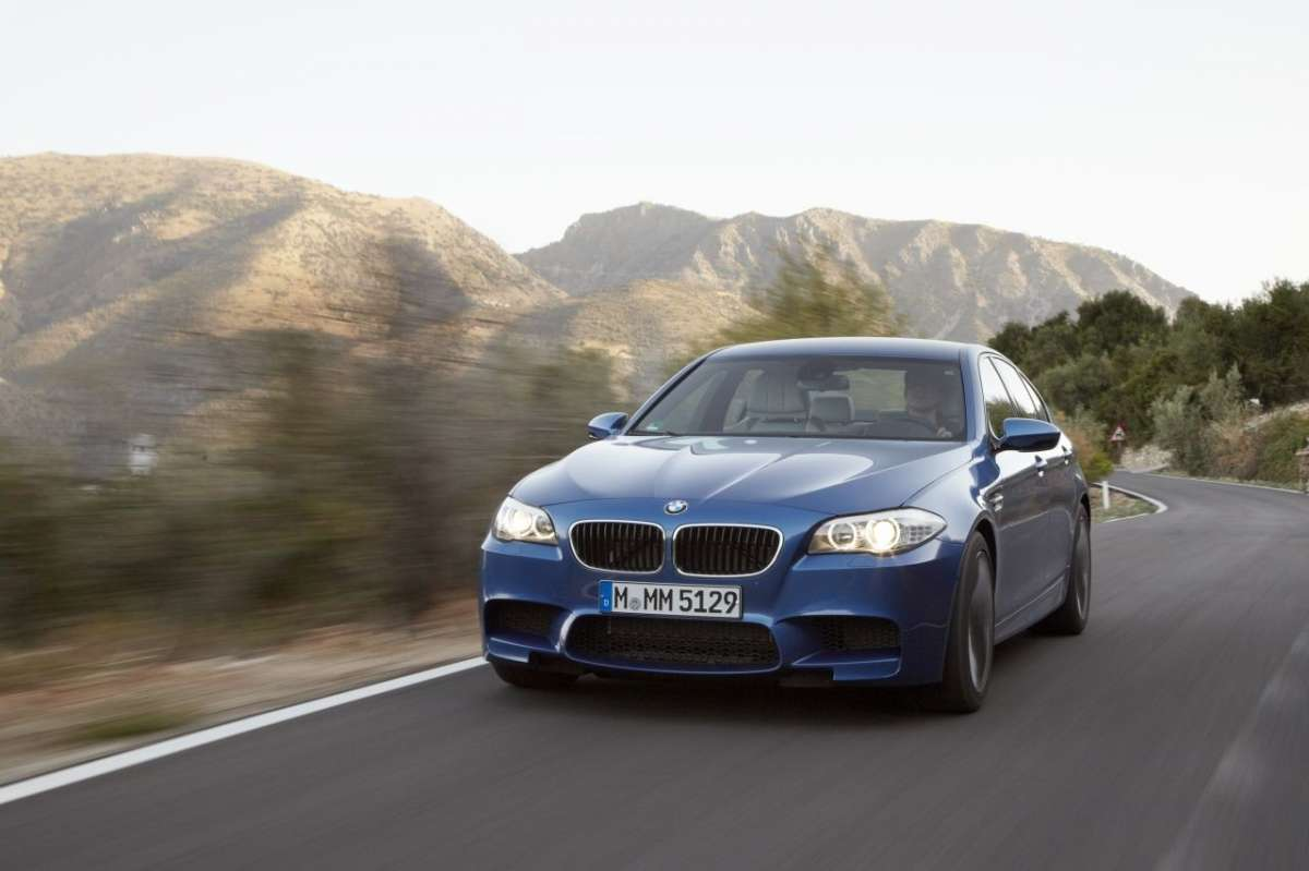 BMW M5 F10 frontale (4)