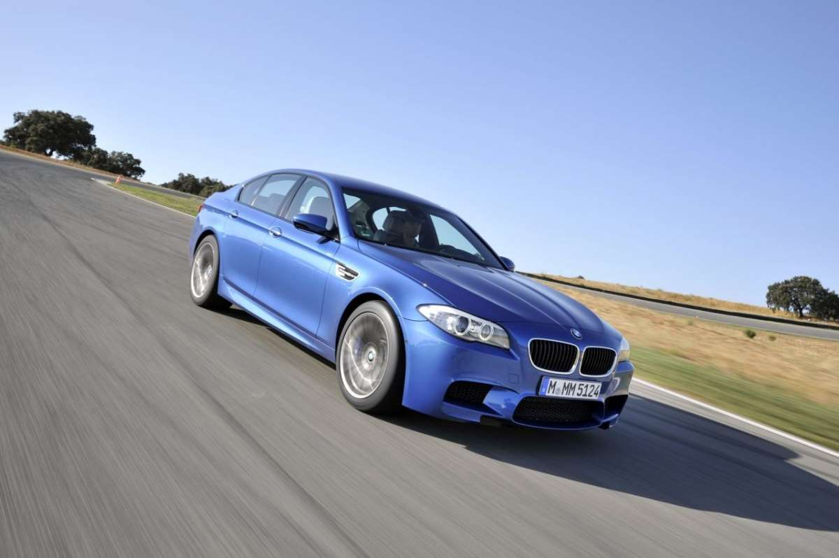 BMW M5 F10 frontale (6)