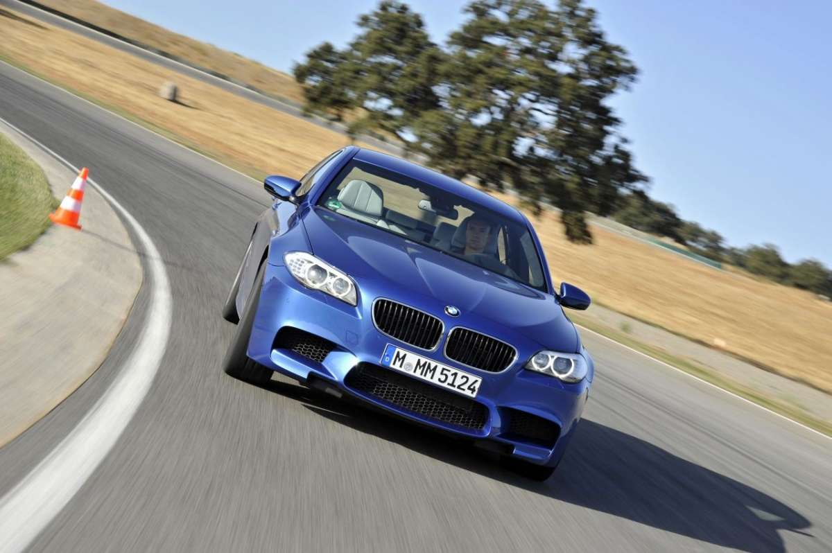 BMW M5 F10 frontale (7)