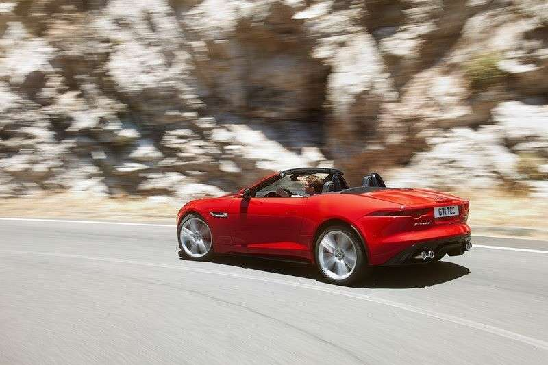 Jaguar F-Type 2013 laterale