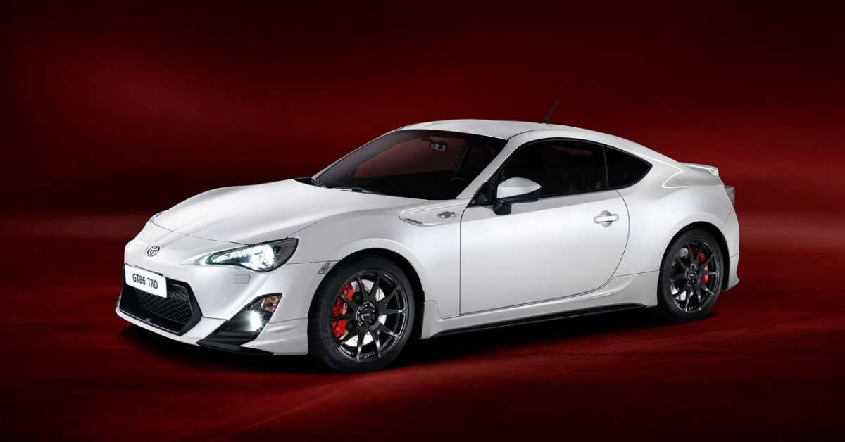 Toyota GT86 TRD Performance-3/4 anteriore