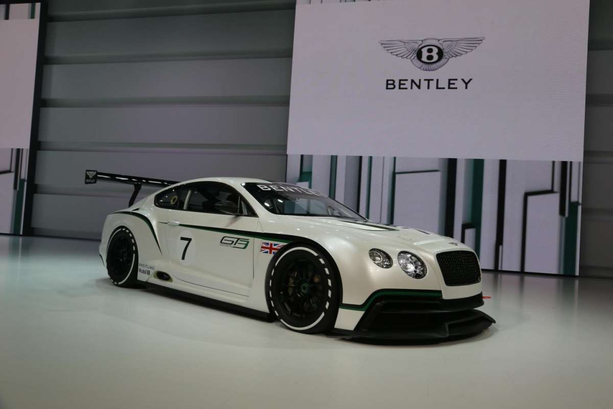 Bentley Continental GT3, Salone di Parigi 2012 (4)