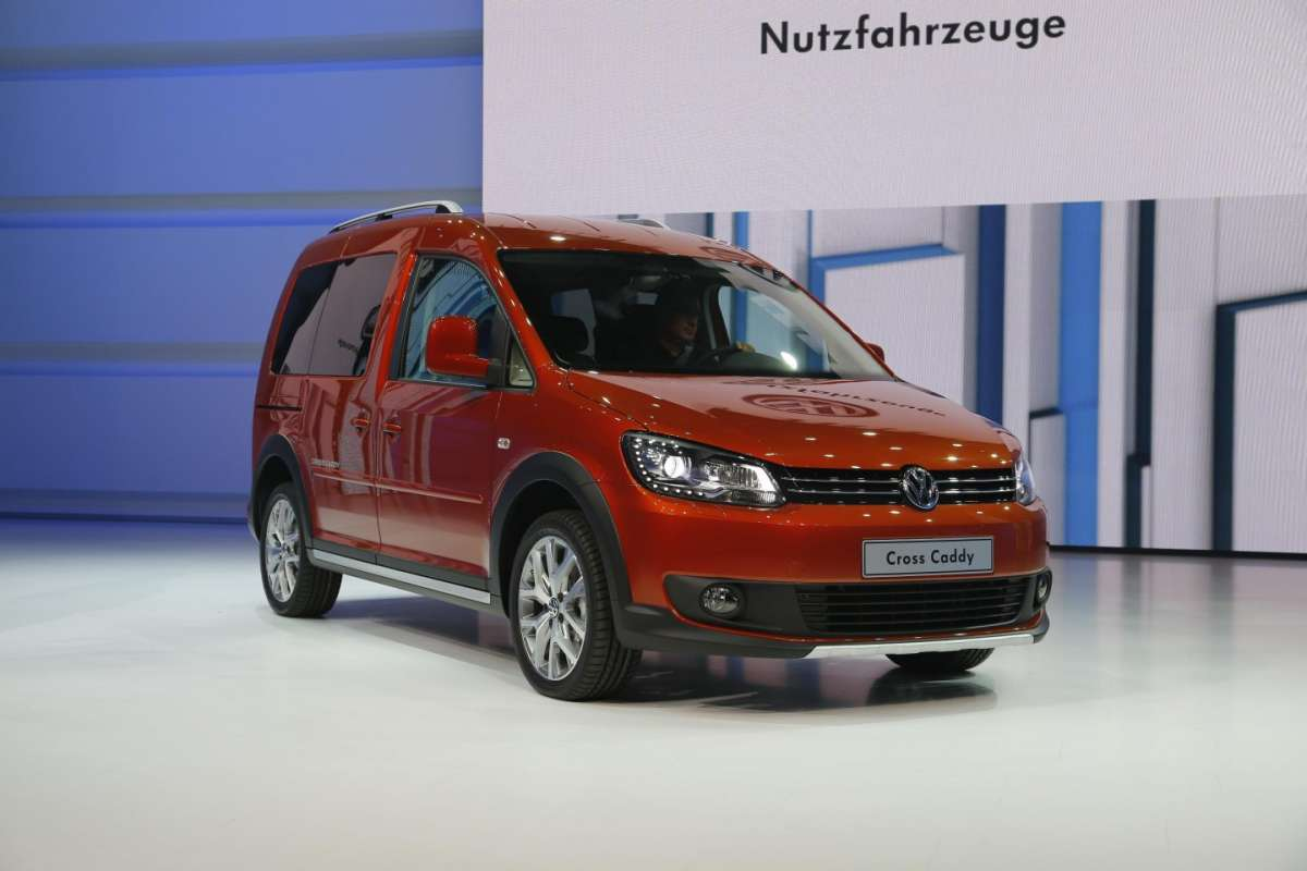Volkswagen Cross Caddy, Salone di Parigi 2012