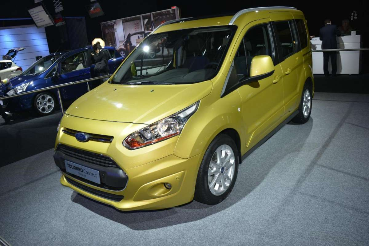 Ford Tourneo, Salone di Parigi 2012