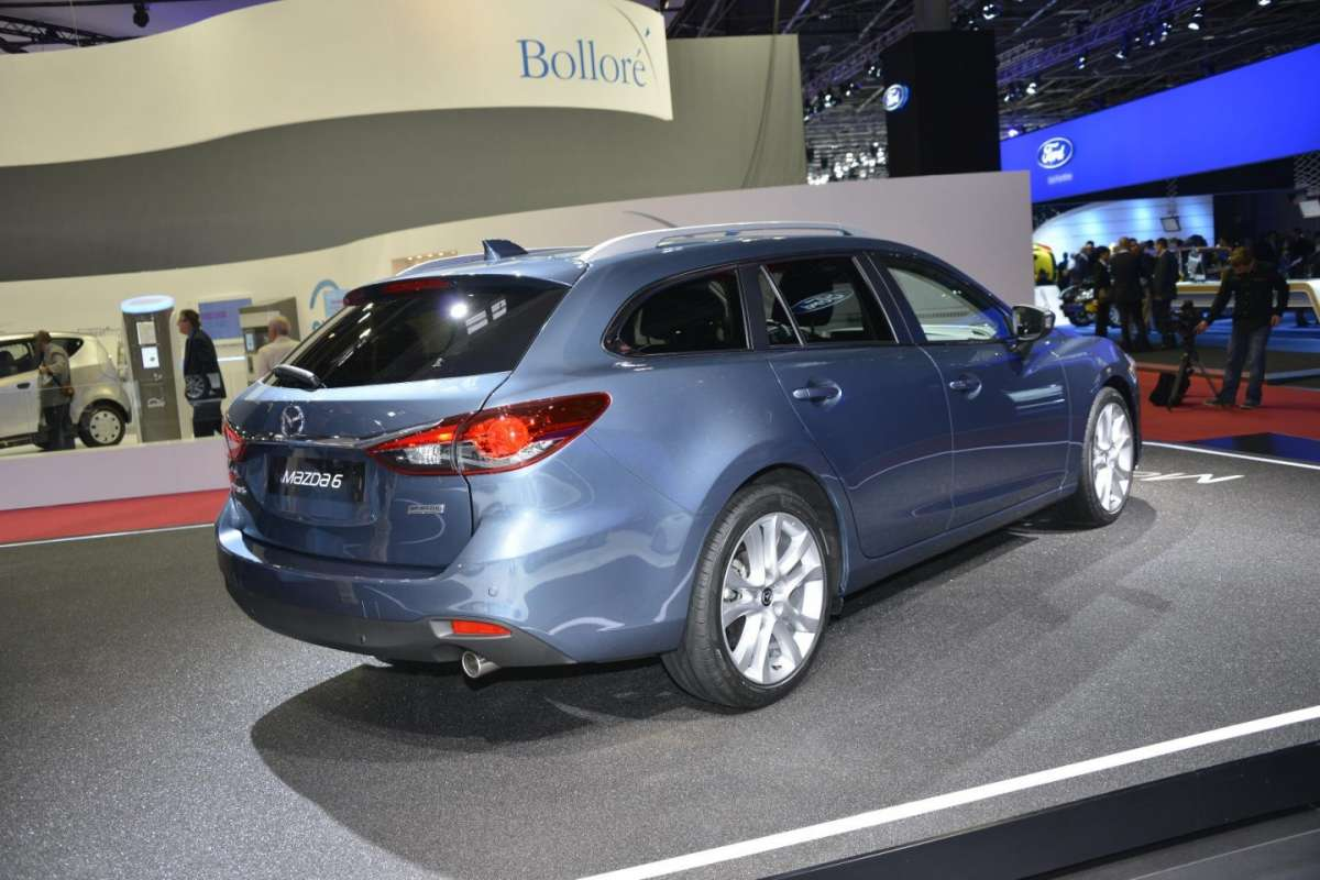 Mazda 6 station wagon, Salone di Parigi 2012 (5)
