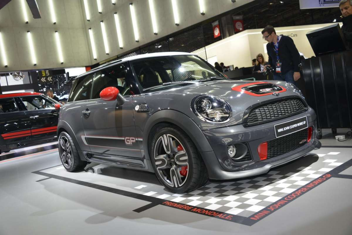 Mini Cooper JCW GP, Salone di Parigi 2012