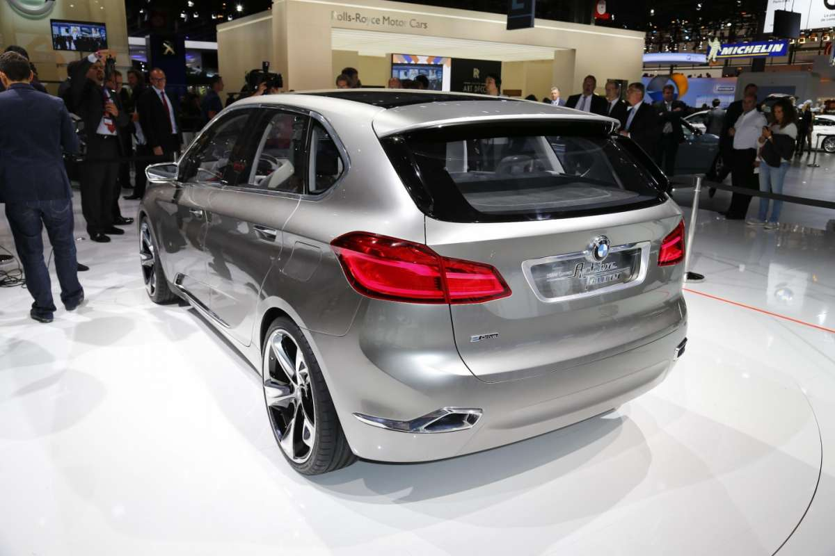Bmw Active Tourer, Salone di Parigi 2012 (2)