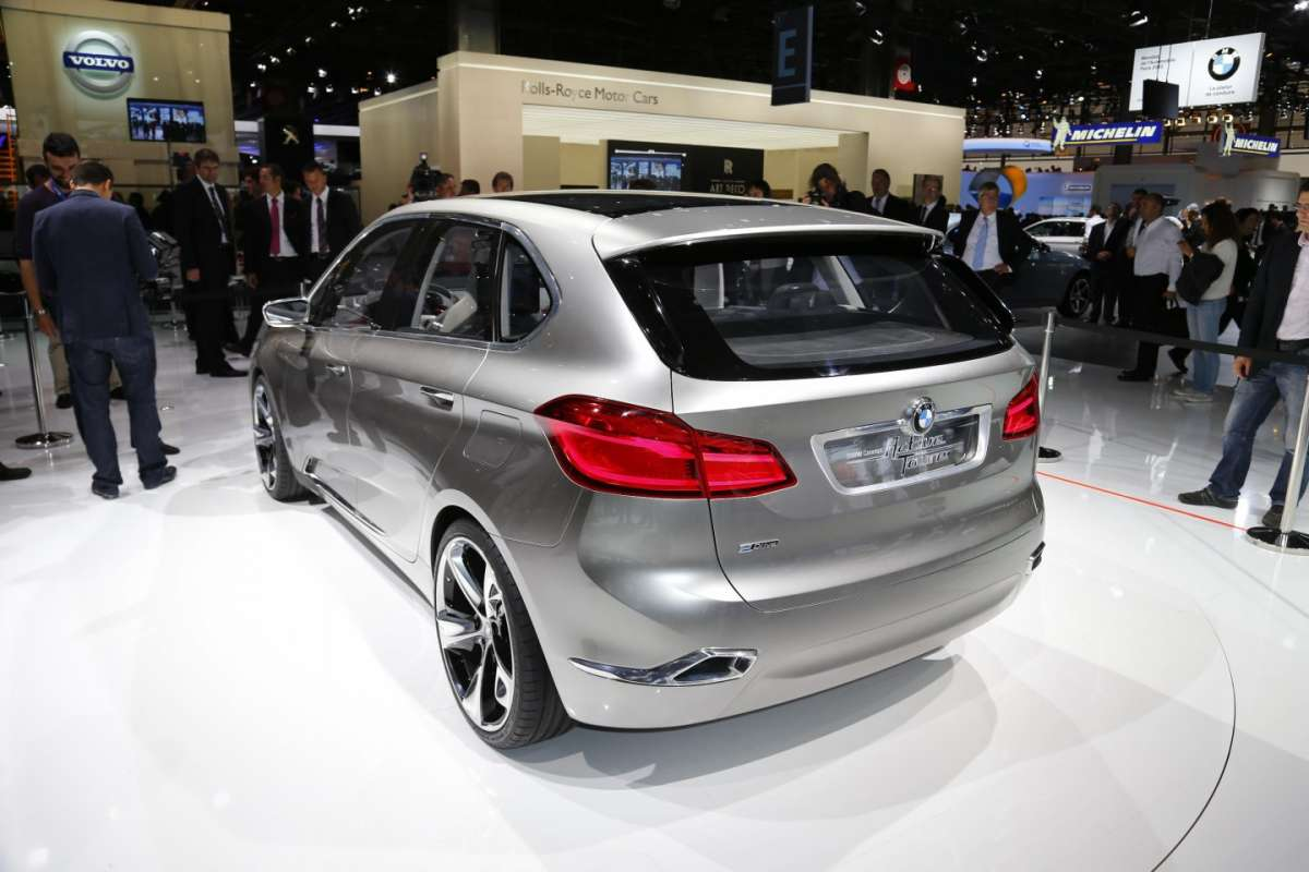 Bmw Active Tourer, Salone di Parigi 2012 (3)