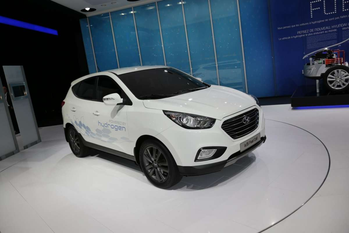Hyundai ix35 fuel cell, Salone di Parigi 2012 (2)