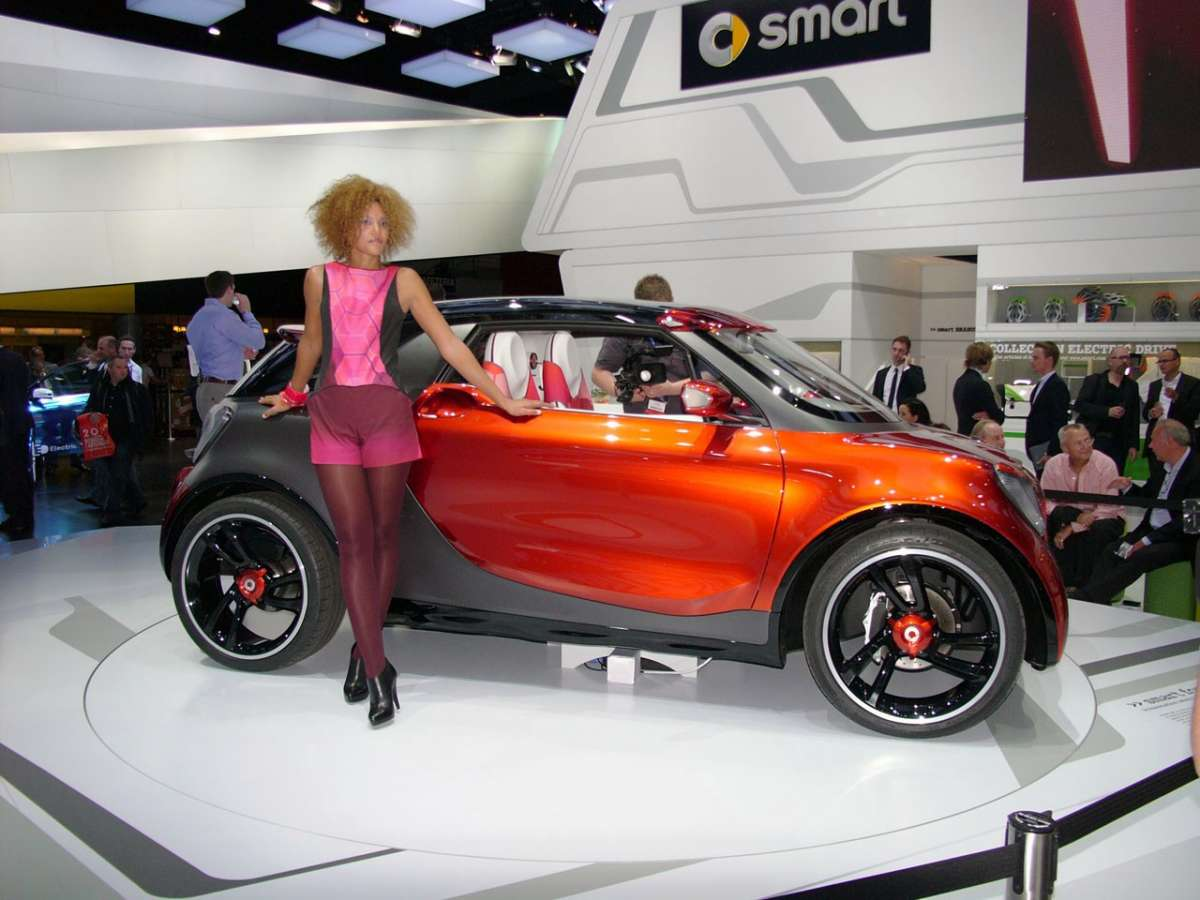 Smart Forstars Concept Salone di Parigi 2012-laterale destra