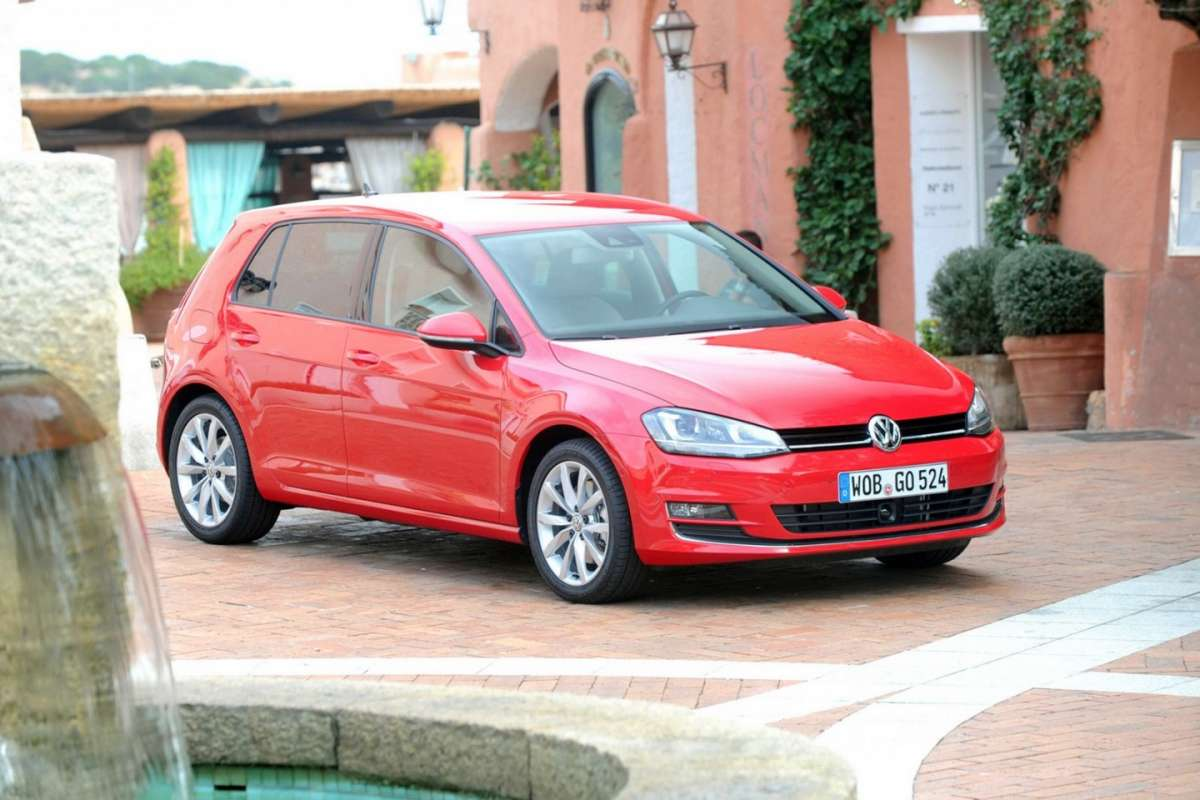 Nuova Golf 7 frontale (13)