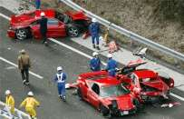 Incidente tra supercar in Giappone, foto del disastro