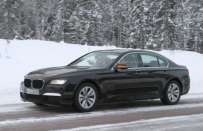 BMW Serie 7 restyling, foto spia neve