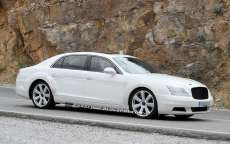 Bentley Continental Flying Spur 2014, foto spia