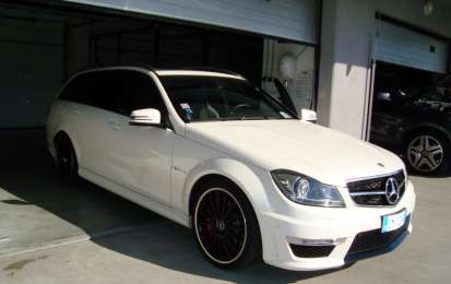 Mercedes C63 AMG Performance Station Wagon, prova in pista