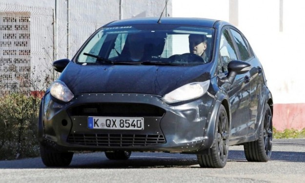 Ford Fiesta RS: foto spia