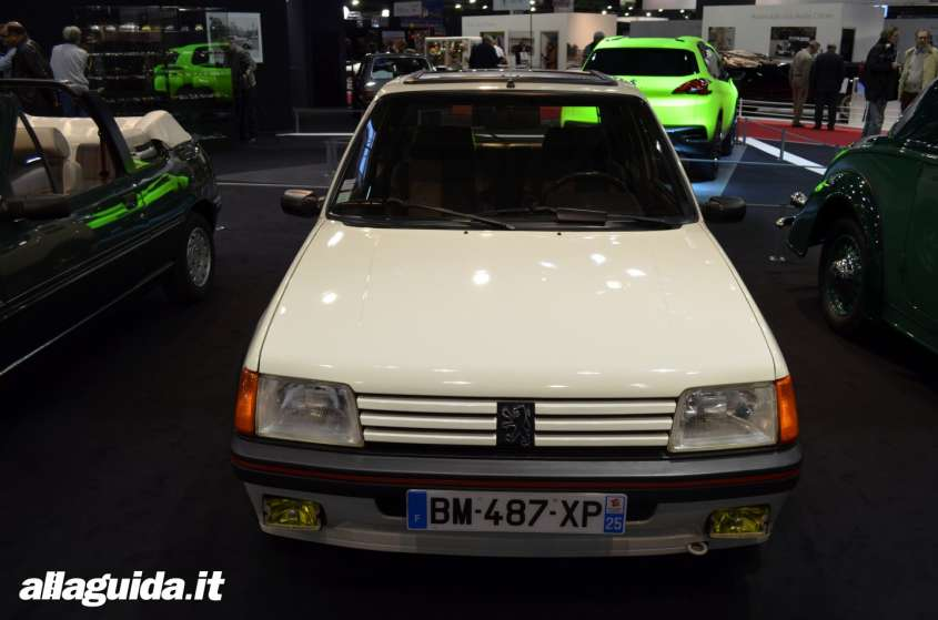Retromobile Parigi: salone auto d'epoca