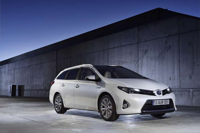 Toyota Auris Touring Sports, foto ufficiali