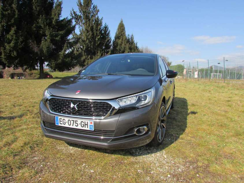 DS 4 Performance Line, prova su strada