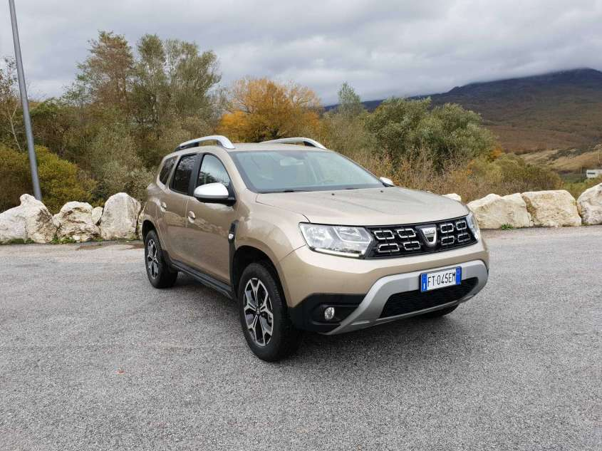 dacia duster gpl prova su strada del suv economico dalla grande autonomia allaguida. Black Bedroom Furniture Sets. Home Design Ideas