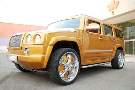 Tuning: Hummer tutto d'oro stile Bentley